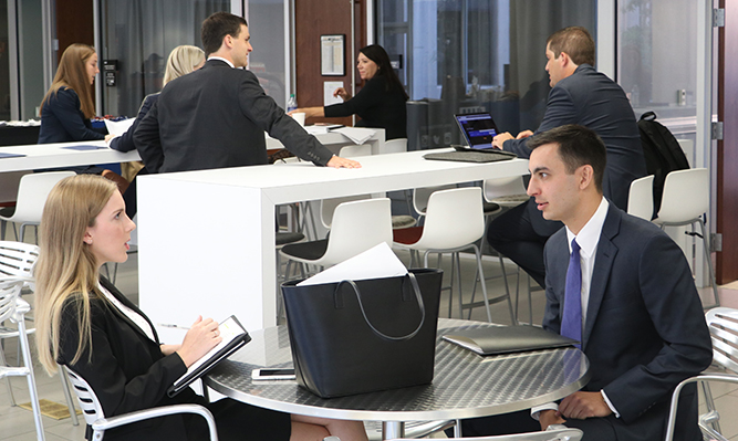 students prepare for interview